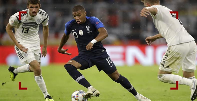 بالفيديو| إصابة خطيرة خلال مباراة فرنسا وألمانيا